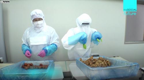 【AIロボ】黙々とから揚げ弁当を盛り付ける人型ロボット登場 1時間に600食 1体価格従業員2人分の年収 ※動画